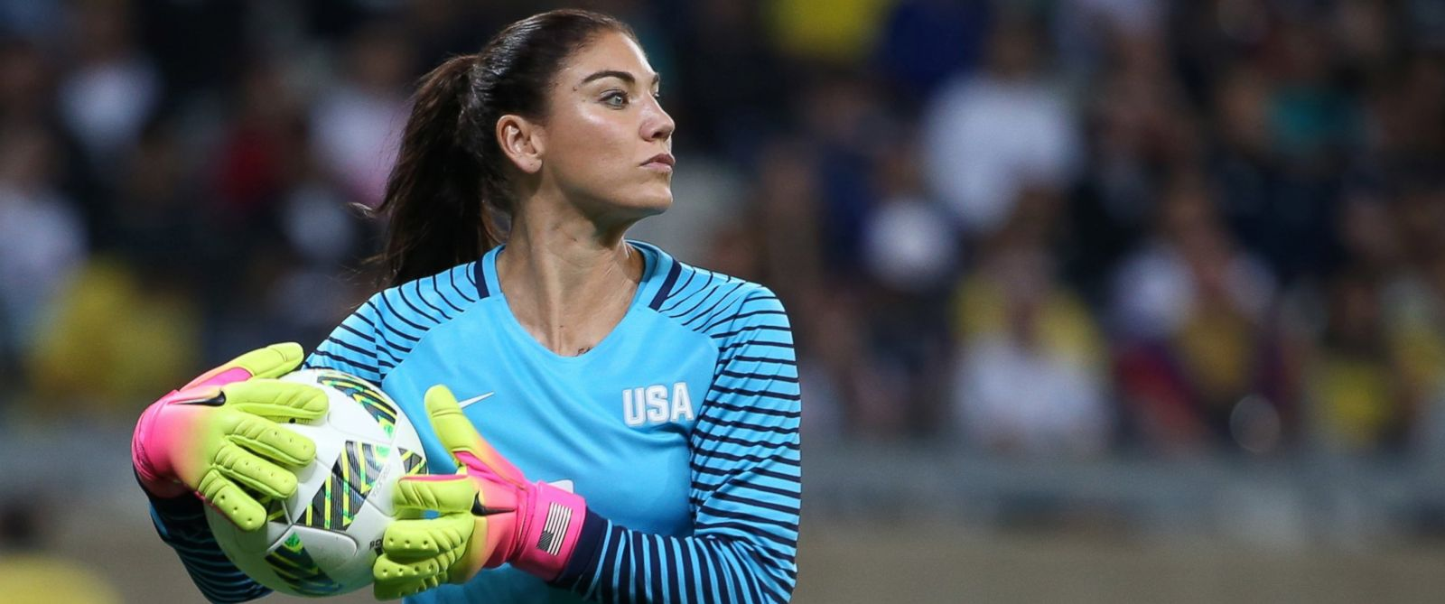 PHOTO: United States goalkeeper Hope Solo takes the ball during a womens Olympic football tournament match against New Zealand at the Mineirao stadium in Belo Horizonte, Brazil, Aug. 3, 2016.