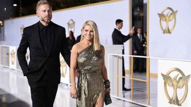 AP jessica simpson jtm 141118 16x9 608 Why Jessica Simpson Attended the Mockingjay Premiere
