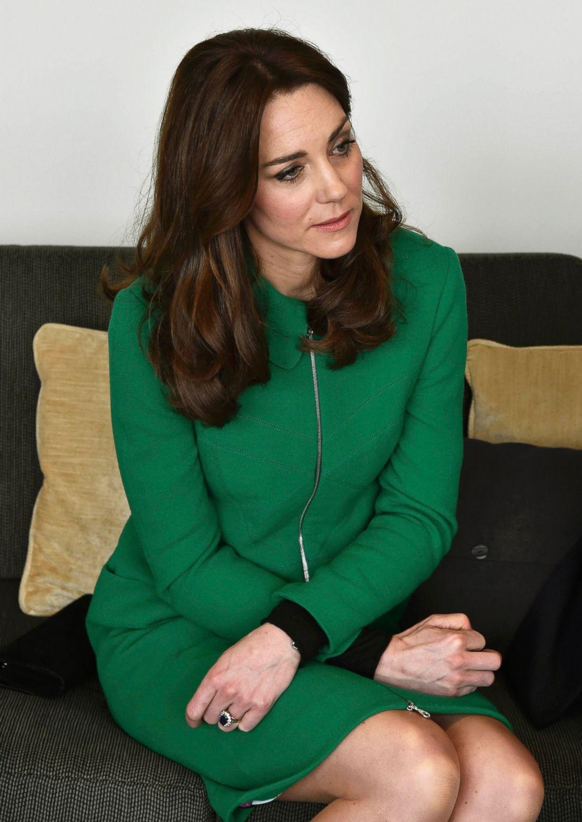 Kate Middleton Visits St Thomas' Hospital Picture