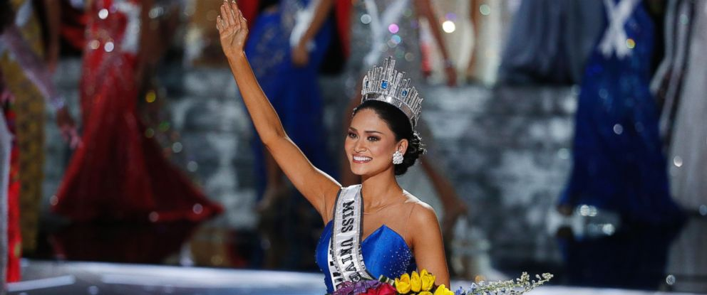 PHOTO:Miss Philippines Pia Alonzo Wurtzbach reacts as she was announced as the new Miss Universe at the Miss Universe pageant, Dec. 20, 2015, in Las Vegas.