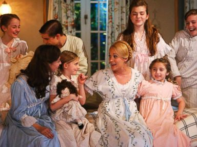 PHOTO: Carrie Underwood, center, as Maria, in The Sound of Music Live! Dec. 5, 2013.