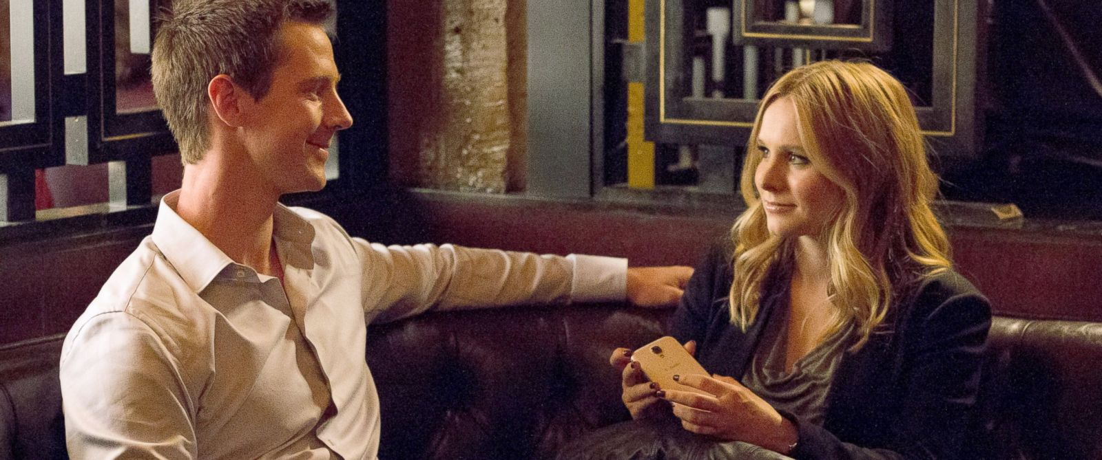 "PHOTO: Jason Dohring, left, and Kristen Bell in a scene from ""Veronica Mars."""