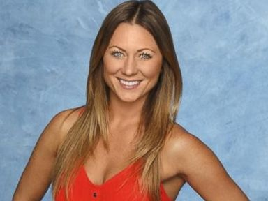 'The Bachelor' Star Renee Oteri Is Engaged
