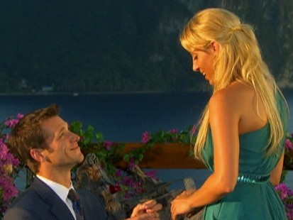 Video: The Bachelor Jake and Vienna discuss their engagement.