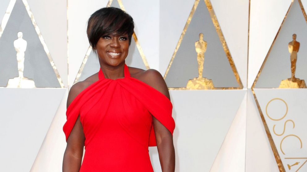 http://a.abcnews.com/images/Entertainment/EPA-Viola-Davis-Oscars-MEM-170226_16x9_992.jpg