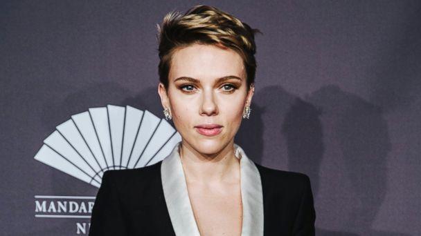 PHOTO: Scarlett Johansson attends the 2017 amfAR New York Gala at Cipriani Wall Street in New York, New York, USA, 08 Feb. 2017.