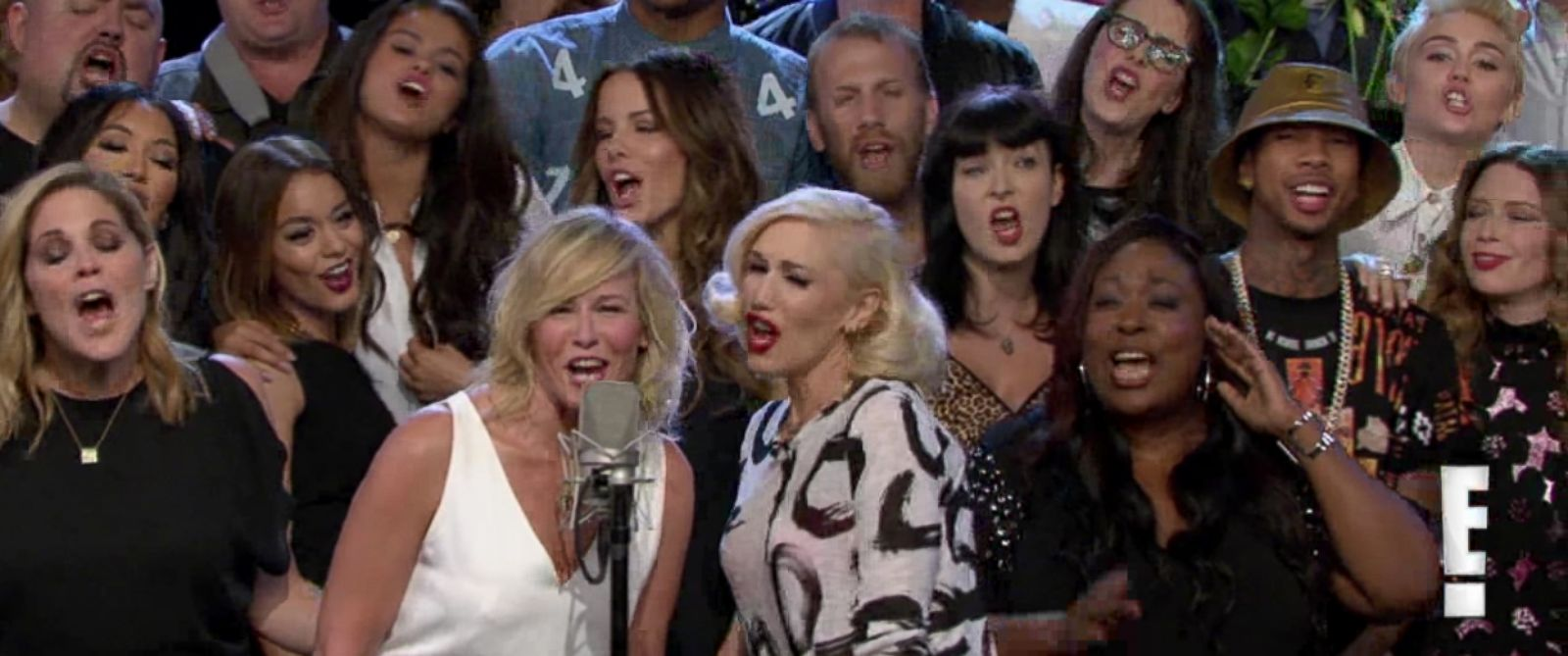 "PHOTO: Chelsea Handler is joined by celebrities on the final episode of ""Chelsea Lately,"" which aired Aug. 26, 2014."