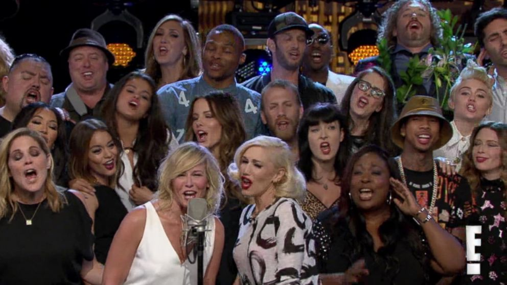 """PHOTO: Chelsea Handler is joined by celebrities on the final episode of """"Chelsea Lately,"""" which aired Aug. 26, 2014."""