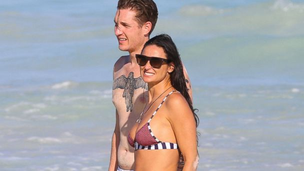 PHOTO: Demi Moore and her new boyfriend Sean Friday