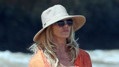 Goldie Hawn Takes a Swim in Hawaii
