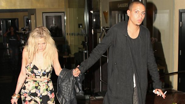 GSI ashlee simpson evan ross ml 130703 16x9 608 Photo: Ashlee Simpson Steps Out With Diana Rosss Son, Evan