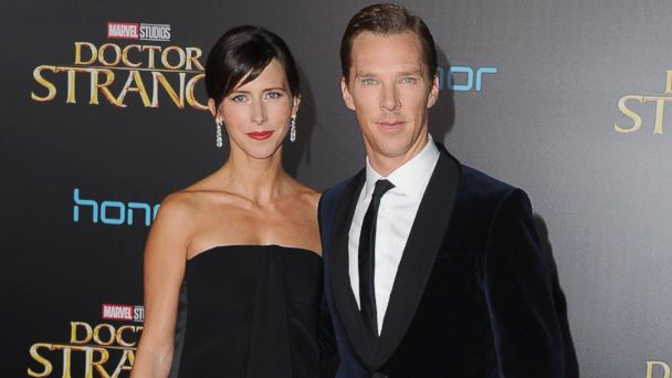 PHOTO: Actor Benedict Cumberbatch and wife Sophie Hunter arrive at the Los Angeles Premiere