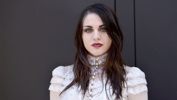 PHOTO: Frances Bean Cobain at the Marc Jacobs Fall 2017 Show at Park Avenue Armory, Feb. 16, 2017 in New York City.