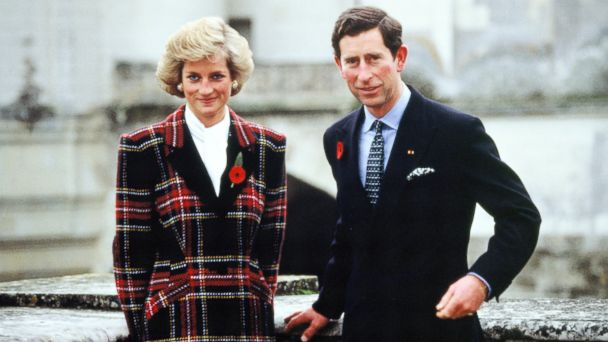 PHOTO: Charles and Diana, Prince and Princess of Wales, pose outside Chateau de Chambord during their official visit to France, on Nov. 9, 1988, in Chambord, France.