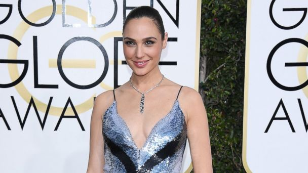 PHOTO: Gal Gadot attends the 74th Annual Golden Globe Awards at The Beverly Hilton Hotel, Jan. 8, 2017, in Beverly Hills, Calif.