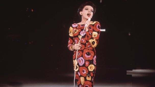 PHOTO: Singer and film star, Judy Garland performing on stage, circa 1960.