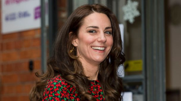 PHOTO: Catherine, Duchess of Cambridge, attends a Christmas party for volunteers at The Mix youth service, on Dec. 19, 2016, in London.