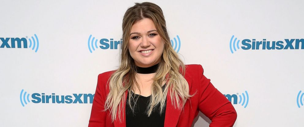 PHOTO: Kelly Clarkson visits at SiriusXM Studio, Dec. 6, 2016, in New York.
