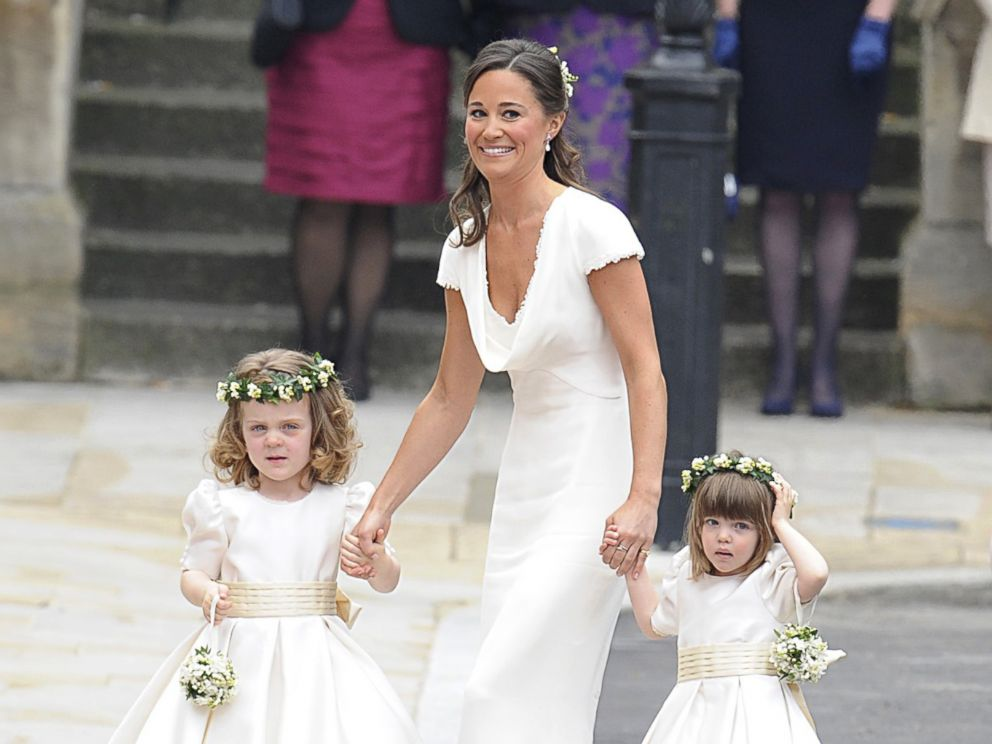 PHOTO: Pippa Middleton escorts bridesmaids before her sister Kate Middletons marriage to Prince William upon arrival at Westminster Abbey in London, April 29, 2011.