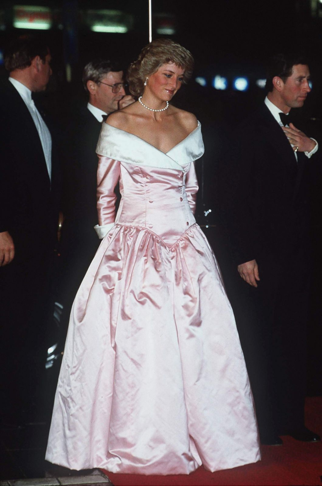 princess diana wedding dress price » Wedding Dresses Designs, Ideas ...