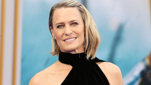 PHOTO: Robin Wright arrives at the Los Angeles premiere of Warner Bros. Pictures'