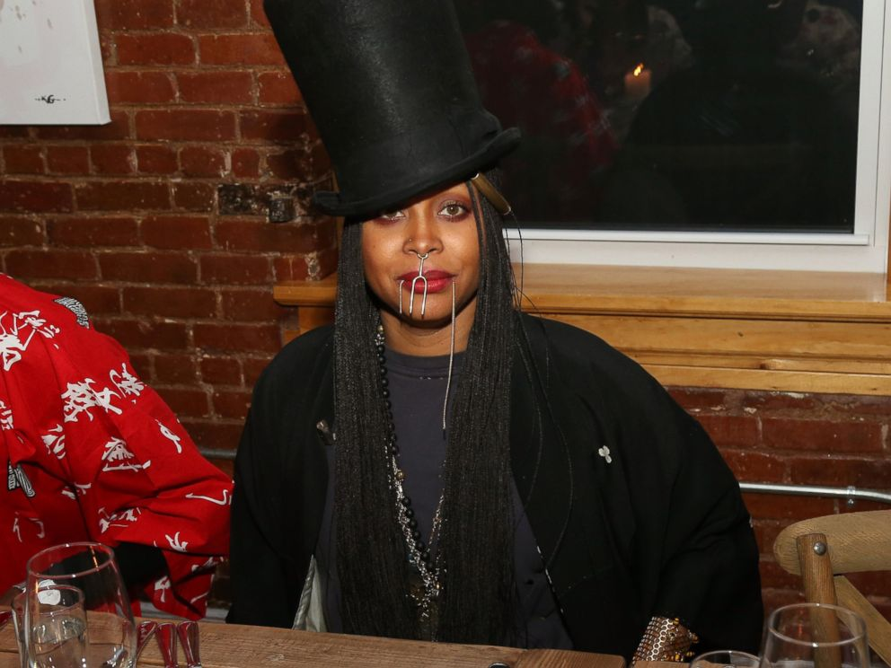 Pleasing Erykah Badu On Music Family And Her Children Following In Her Short Hairstyles For Black Women Fulllsitofus