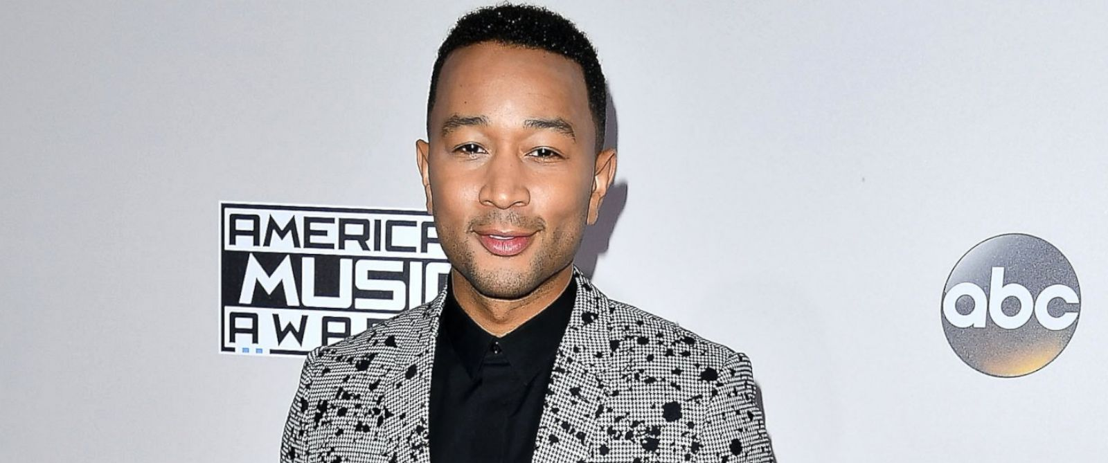 PHOTO: John Legend arrives at the 2016 American Music Awards at Microsoft Theater, Nov. 20, 2016, in Los Angeles, California.