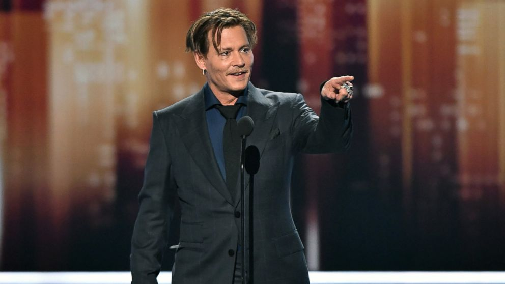 Johnny Depp wins favourite movie icon award