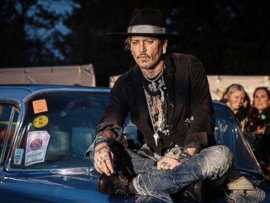 Johnny Depp apologizes for 'bad joke' about Trump