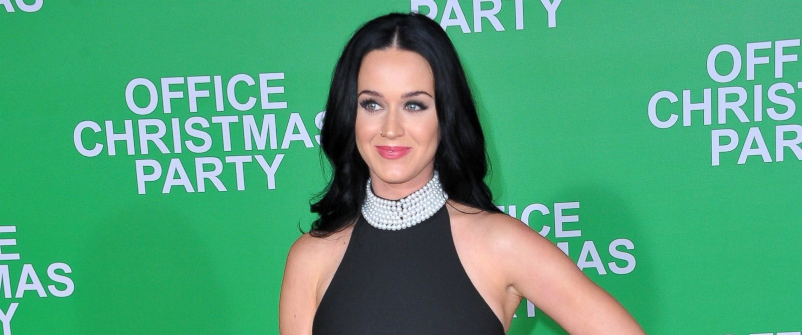 """PHOTO: Singer Katy Perry attends the premiere of Paramount Pictures """"Office Christmas Party"""" at Regency Village Theatre, Dec. 7, 2016, in Westwood, California."""