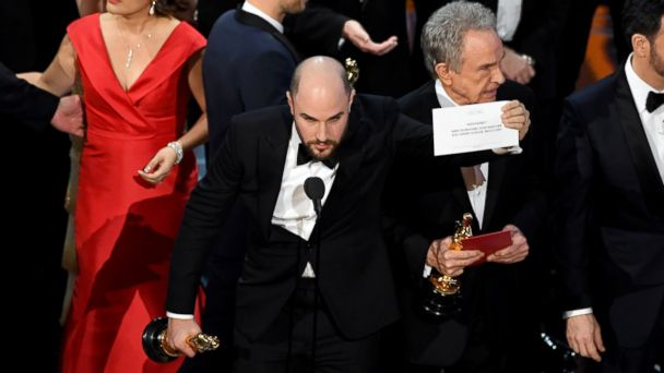 http://a.abcnews.com/images/Entertainment/GTY-oscars-best-picture-01-as-170226_16x9_608.jpg