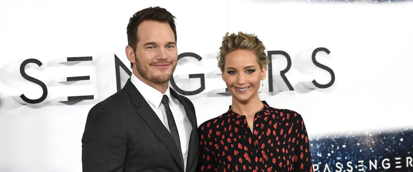 "PHOTO: Chris Pratt and Jennifer Lawrence attend a photocall for the film ""Passengers"" at Claridges Hotel, Dec. 1, 2016, in London, England."
