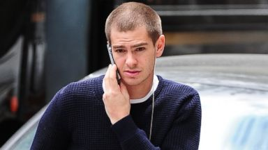Spider-Man Andrew Garfield Shows Off His New Look