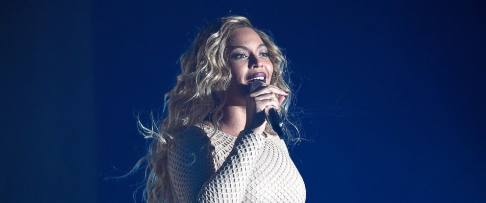 PHOTO: Beyonce performs onstage during 2015 Global Citizen Festival to end extreme poverty by 2030 in Central Park on Sept. 26, 2015 in New York City.