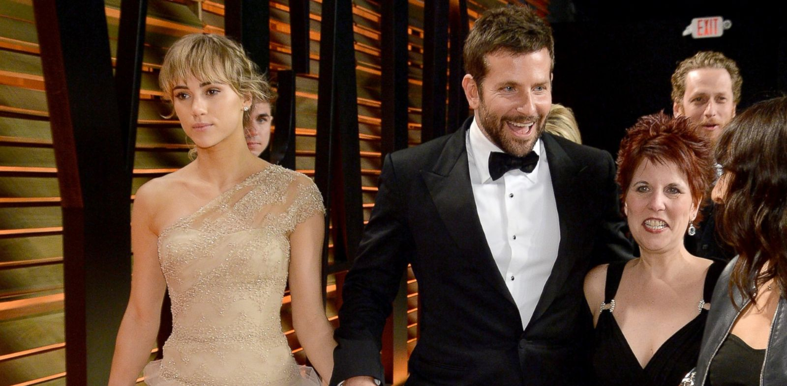 PHOTO: Model Suki Waterhouse, left, and actor Bradley Cooper, center, attend the 2014 Vanity Fair Oscar Party in West Hollywood, Calif. on March 2, 2014.