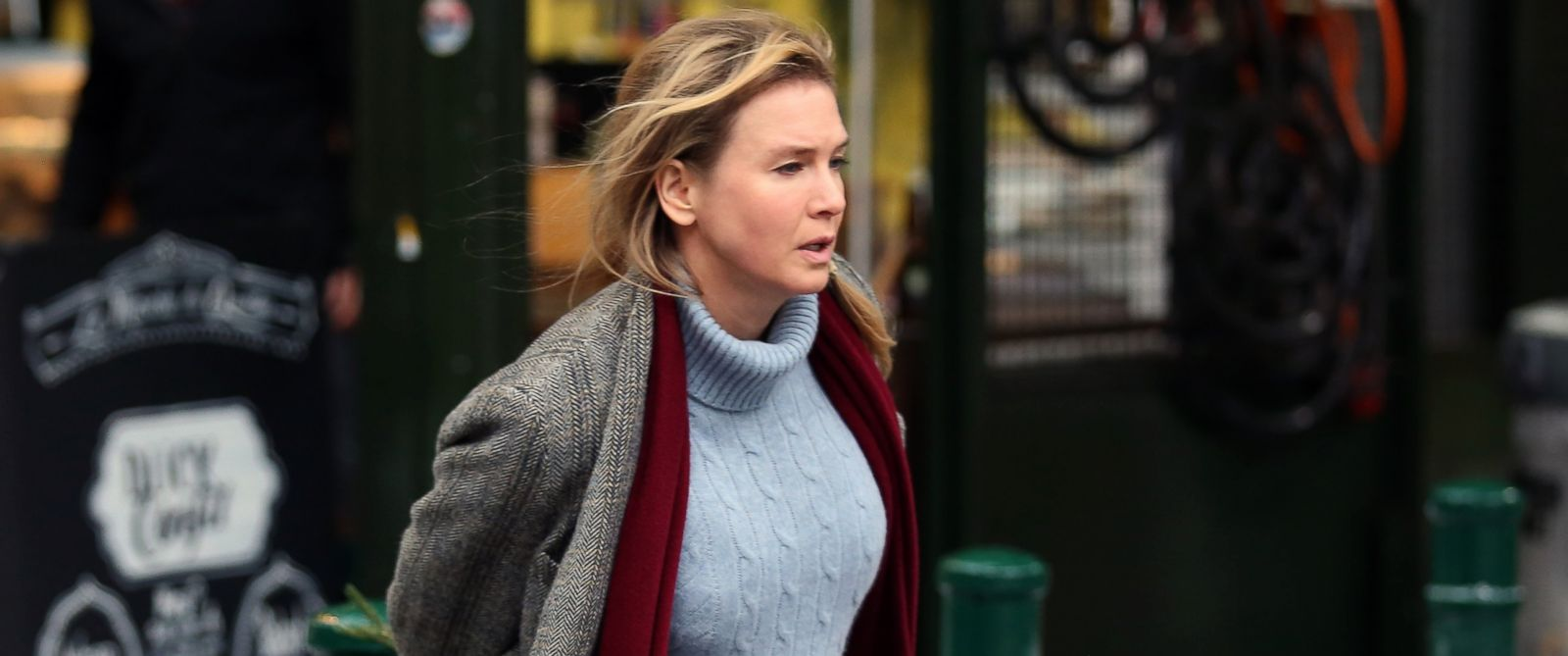 "PHOTO: Renee Zellweger seen on set of ""Bridget Jones Baby"" at Borough Market on Oct. 13, 2015 in London."