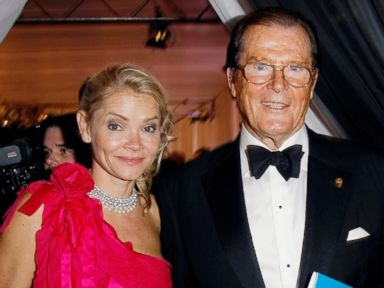 PHOTO: Actor Roger Moore and partner Kiki Tholstrup and her daughter Christina Knudsen attend An Evening For Africa (Ein Abend Fuer Afrika) at the Burda Medien Park, on June 7, 2010, in Offenburg, Germany.