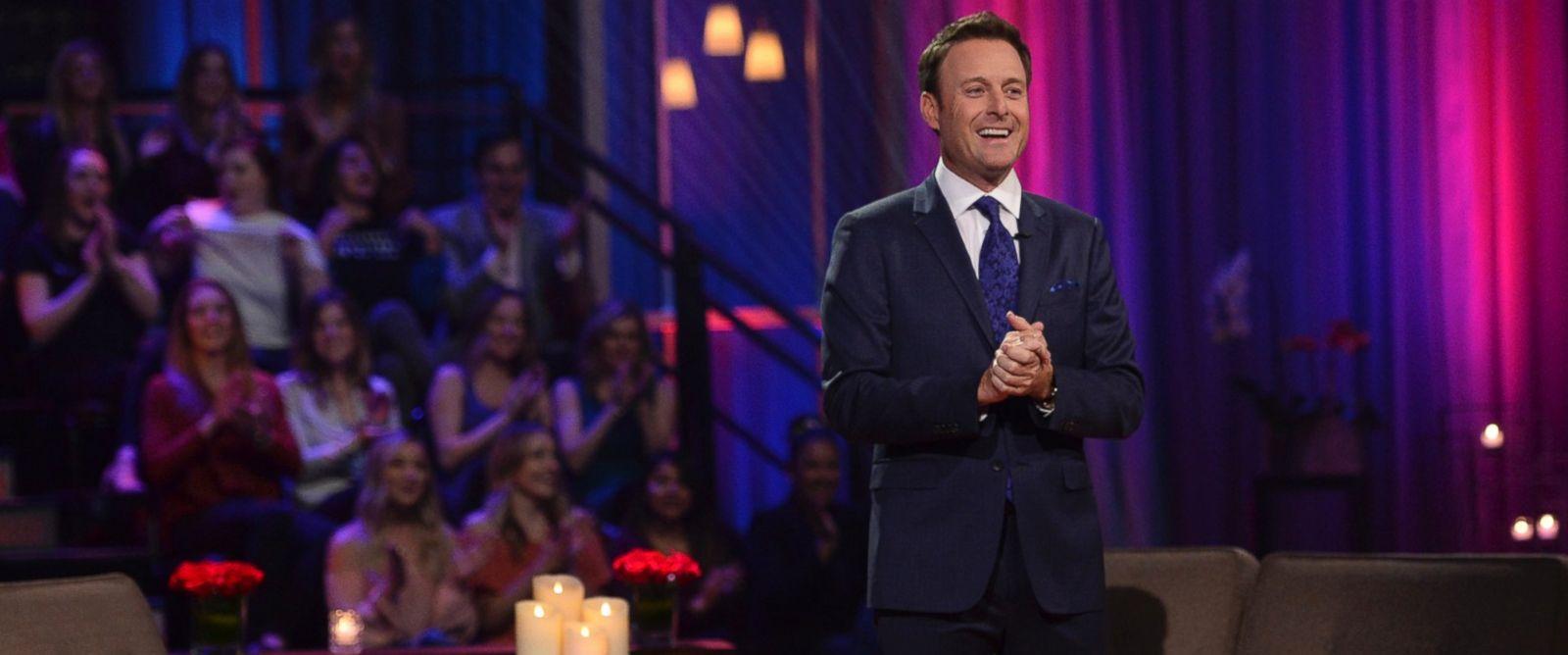"""PHOTO: Chris Harrison hosting The Bachelor, """"The Women Tell All."""""""