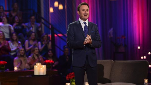 PHOTO: Chris Harrison hosting The Bachelor,