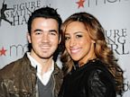 PHOTO: Singer Kevin Jonas and wife Dani Jonas att