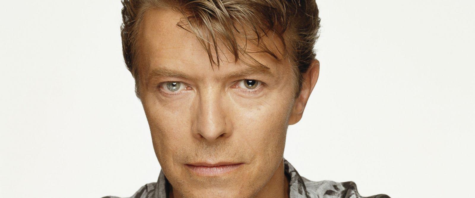 PHOTO: British singer David Bowie, London 1992.