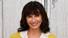 Mary Steenburgen Discusses Her New Project