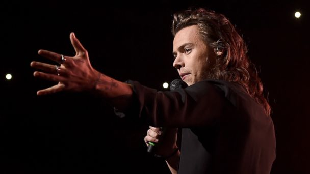 PHOTO: Singer Harry Styles of musical group One Direction performs onstage during 106.1 KISS FMs Jingle Ball 2015 presented by Capital One at American Airlines Center, Dec. 1, 2015, in Dallas, Texas.