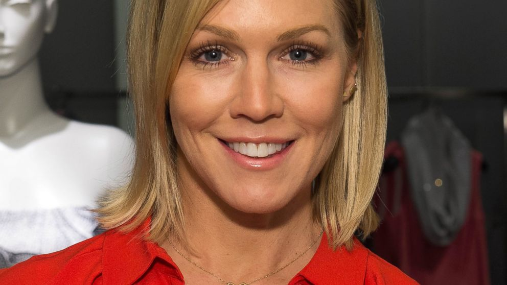 Jennie Garth Reflects on 'Beverly Hills, 90210' - ABC News