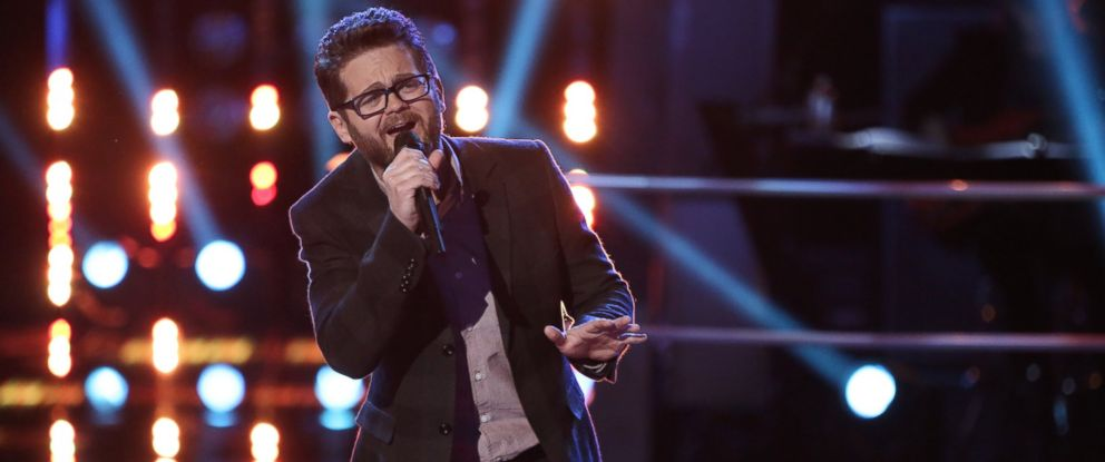 "PHOTO: Josh Kaufman performs on ""The Voice,"" March 31, 2014."