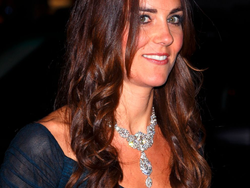 PHOTO: Catherine, Duchess of Cambridge attends The Portrait Gala 2014 on February 11, 2014 in London, England.