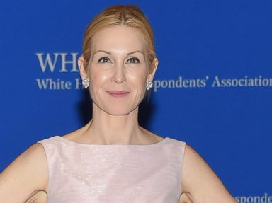 PHOTO: Kelly Rutherford attends the 101st Annual White House Correspondents Association Dinner at the Washington Hilton, April 25, 2015, in Washington, DC.