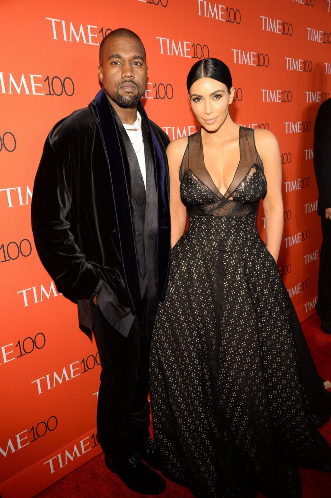 Black dress kim kardashian 6 months