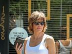 Lisa Rinna is White Hot!