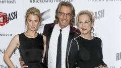 Meryl Streep and Her Daughter Pose With Rick Springfield